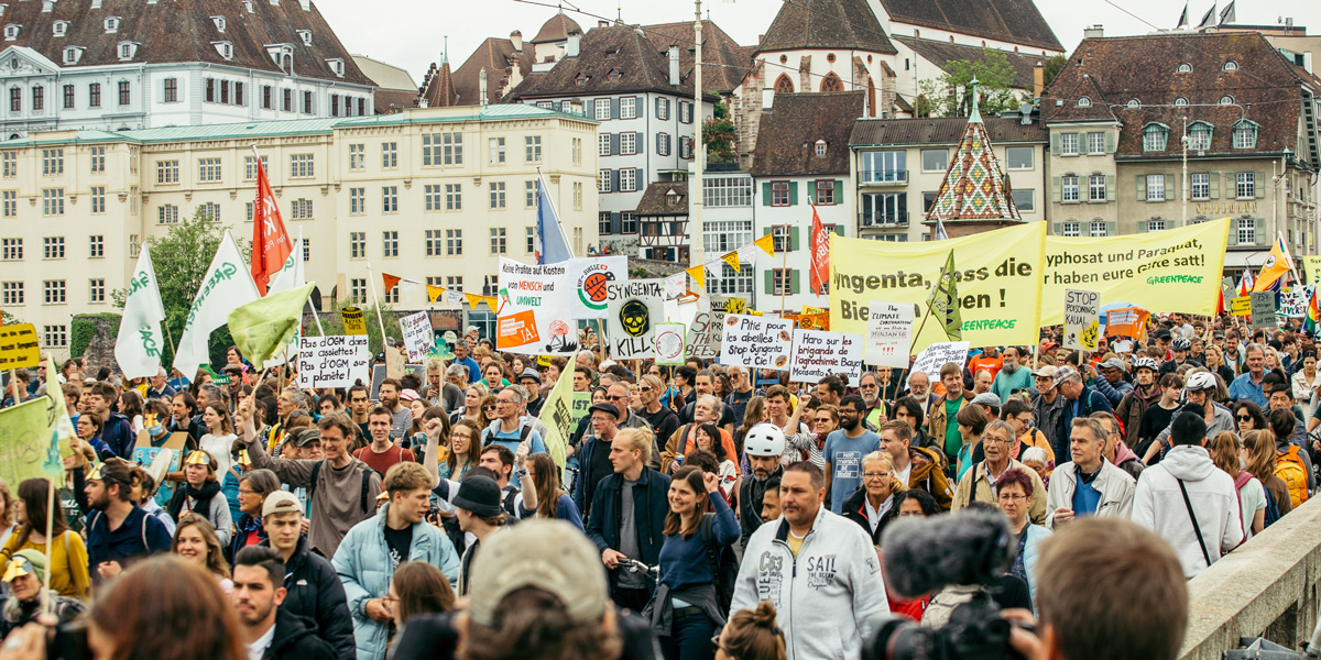 Over 2000 people march against Bayer and Syngenta in Basel, Switzerland